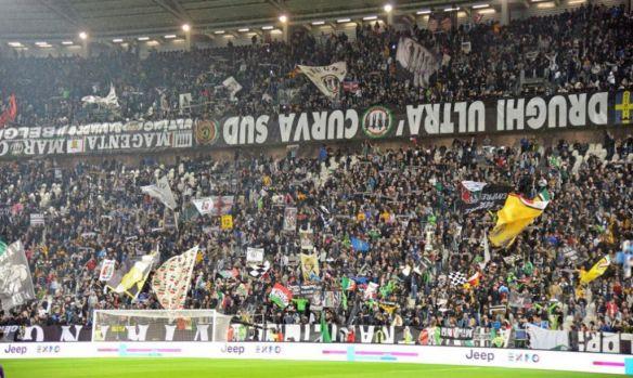 """Liderii unor grupări """"ultras"""" de suporteri ai echipei Juventus Torino au fost reţinuți"""