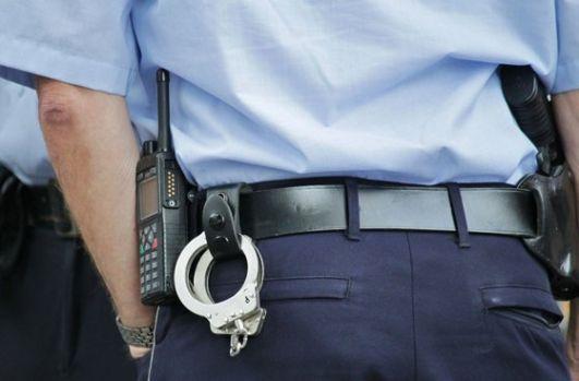București. Un polițist a fost reținut pentru agresiune sexuală!
