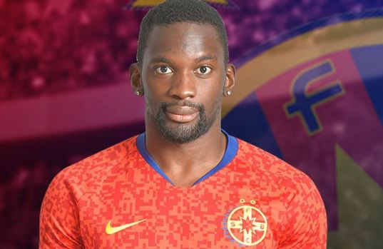 FCSB a oficializat transferul! Atacantul Juhvel Tsoumou a semnat cu roș-albaștrii