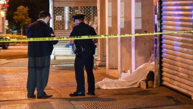 SUA. Patru persoane fără adăpost, ucise în bătaie la New York! Video