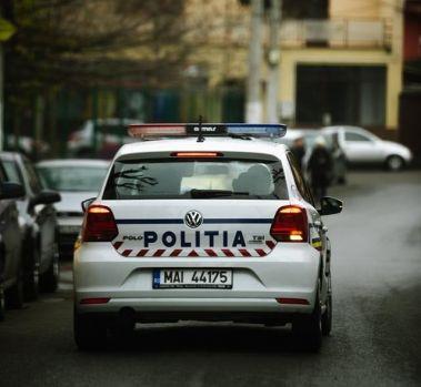 București. Șofer băut și fără permis de conducere, prins cu focuri de armă de polițiști