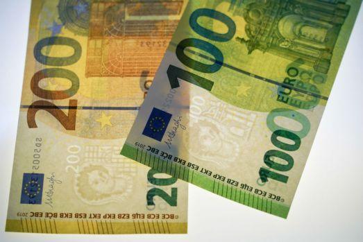 Curs valutar 1 octombrie 2019. Dolarul a atins cel mai mare nivel din 2016 încoace