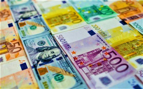 Curs valutar 23 octombrie 2019. Euro este foarte aproape de a atinge maximul istoric