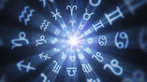 Horoscop 16 octombrie 2019. Peștii sunt deschiși dialogului, iar Fecioarele au preocupări filozofice