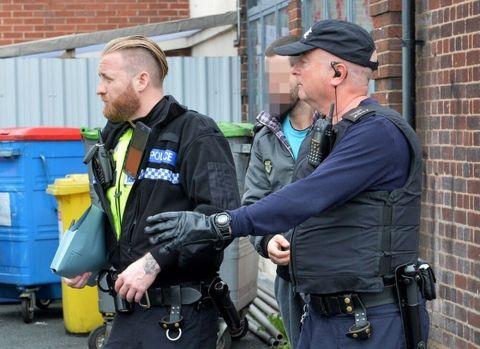 Marea Britanie. Cinci hoți români, condamnați pentru 400 de jafuri, comise în perioada 2014-2018