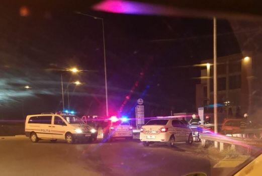 Oradea. Un băiat de 15 ani, băut, a furat o mașină și a intrat într-un polițist