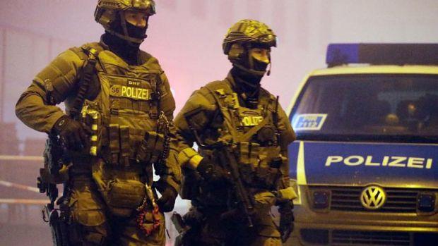Germania. Bolid din România, implicat într-o spargere, urmărit la 200 km/ oră de polițiști! Aceștia au încremenit când au văzut cine se afla în mașină