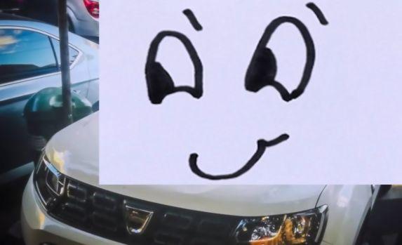 Ce i-au făcut bucureştenii unui șofer care şi-a lăsat maşina pe trecerea de pietoni! Foto în articol
