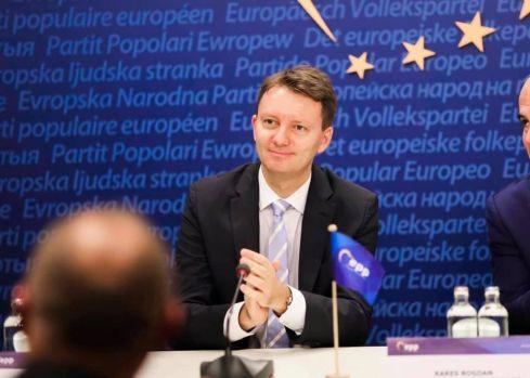 Europarlamentarul PNL Siegfried Mureşan, ales vicepreşedinte al PPE