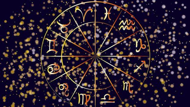 Horoscop 10 noiembrie 2019. Fecioarele n-au stare, iar Leii nu trebuie să se lase păcăliți de aparențe