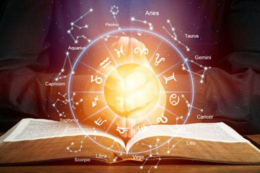 Horoscop 12 noiembrie 2019. Săgetătorii nu sunt în apele lor, iar Peștii au parte de o surpriză șocantă