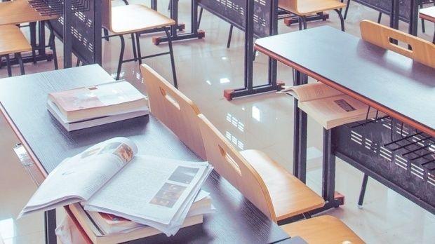Brăila. O profesoară a venit ruptă de beată la cursuri