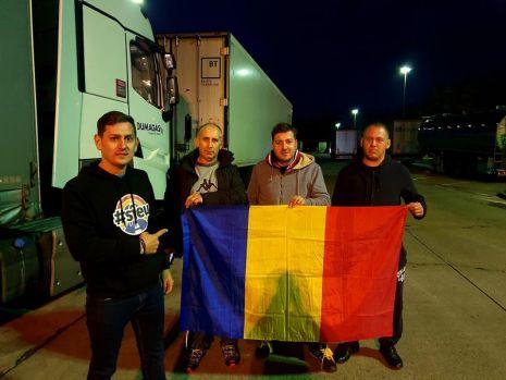 Alegeri prezidențiale 2019, turul 2. Un român stabilit în Germania ia la rând parcările și îi duce la vot cu mașina lui pe șoferii de TIR
