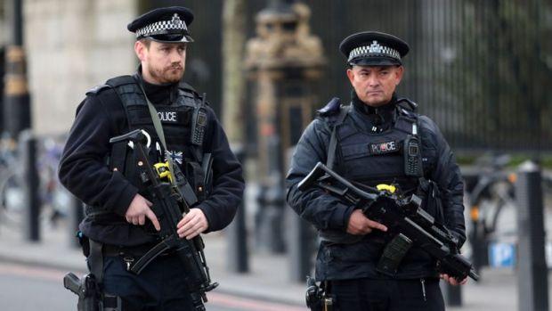 Marea Britanie. Omul care a îngrozit Regatul Unit a primit 33 de sentințe cu închisoarea pe viață! Foto în articol