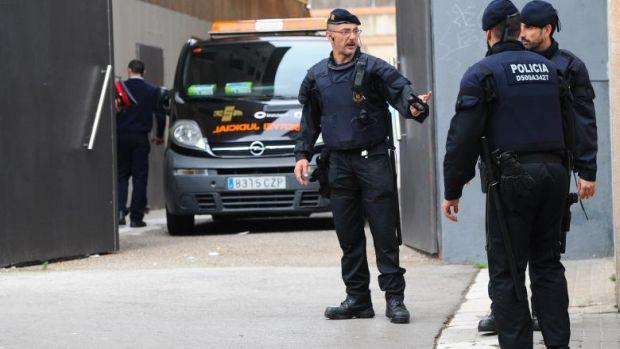 """Spania. """"Operațiunea Dracu"""" a polițiștilor a dus la arestarea a trei români! Faptele grave comise de aceștia"""