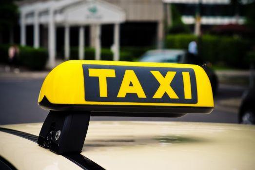 Galați. Un taximetrist a crezut că a prins o cursă bună dar apoi a regretat amarnic!