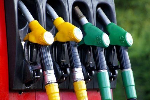 Veste bună pentru șoferi! Ce se întâmplă cu supraacciza la carburanți din ianuarie 2020