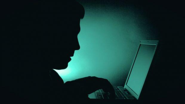 Cum să te ferești de țepe pe internet dacă ai intrat pe site-uri pentru adulți