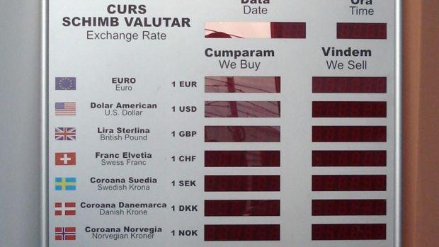 Curs valutar 13 ianuarie 2020. Euro și dolarul se depreciază în debutul săptămânii