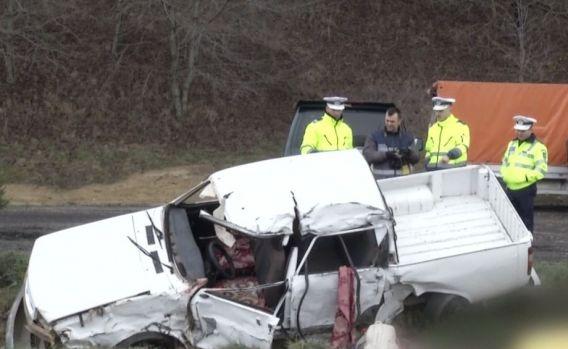 Dolj. Două persoane au murit şi alte şapte au fost rănite într-un accident rutier