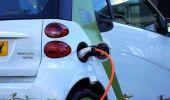 Topul celor mai vândute mărci de mașini electrice și hibride din România