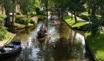 Atmosferă de poveste! Mai frumos și mai verde decât Veneția! Unde se află a…